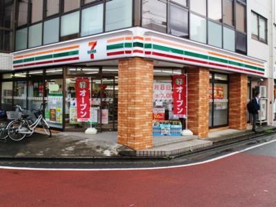 セブン-イレブン小田急相模大野東口店の画像・写真